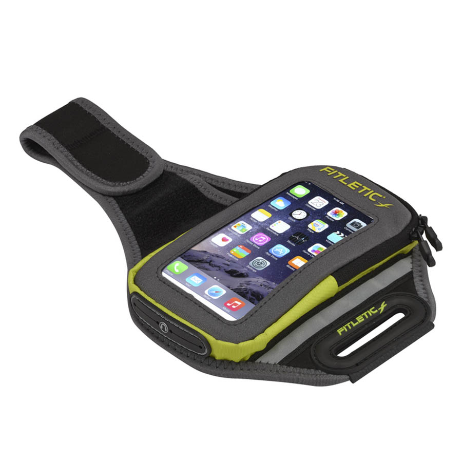 forte arm band holding phone green